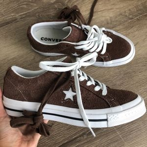 NEW Converse one star - brown suede